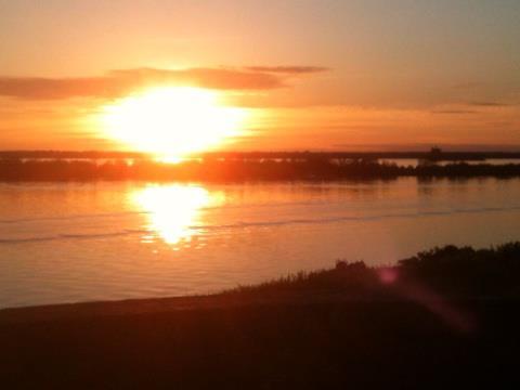 Voici le coucher de Soleil que vous pouviez admirer aux alentours de 20h30... La Citadelle est idéale pour une escapade romantique.